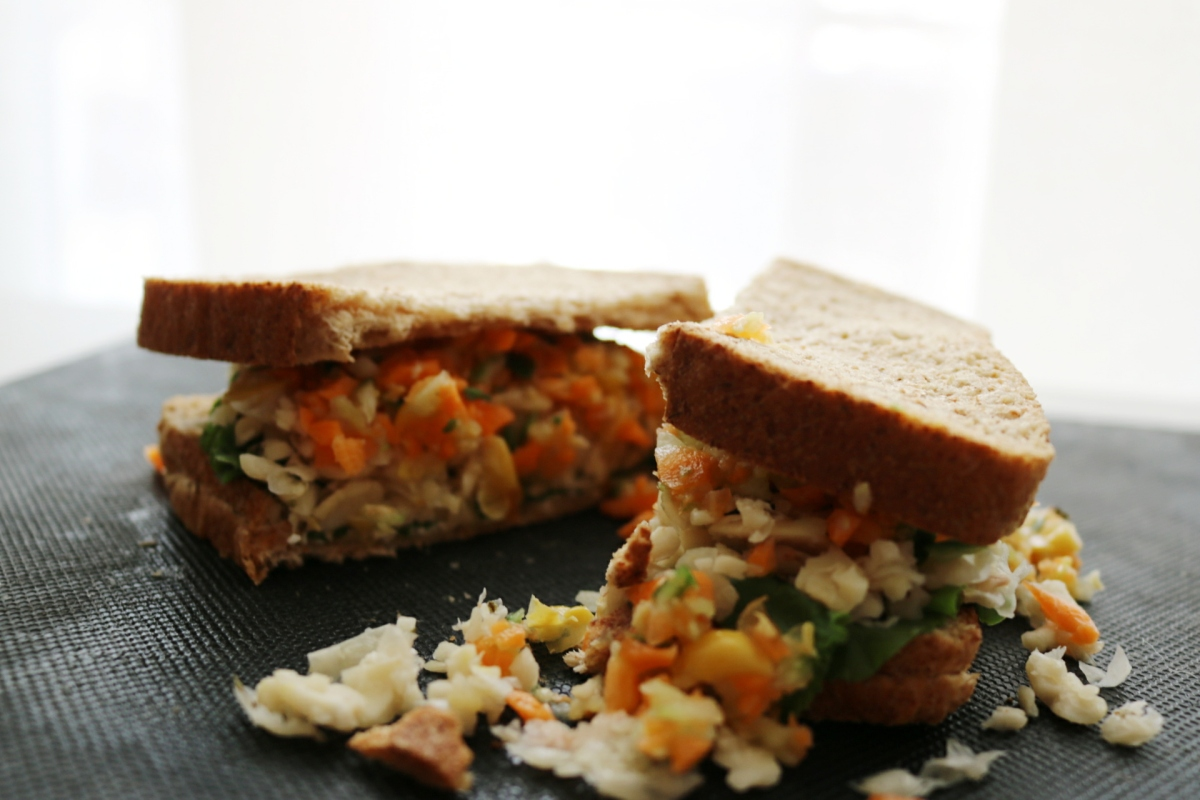 Recipe #2 : Lazy Summer Sandwitch  (Vegan)
